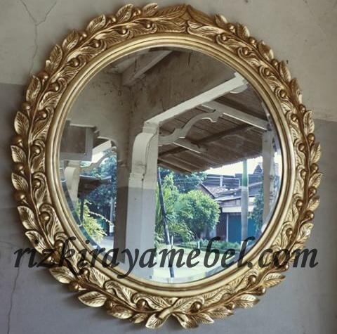 cermin ukiran jepara