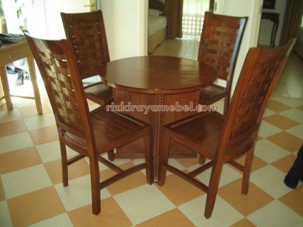 set meja makan jati