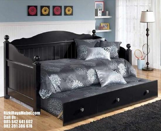 bale-bale-furniture-klasik-desain-sliding