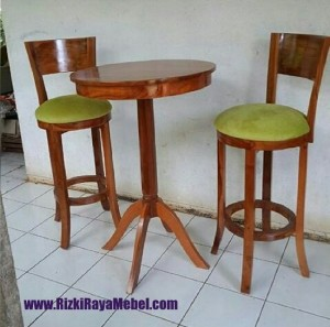 Kursi Bar Kayu Jati Outdoor dan Indoor