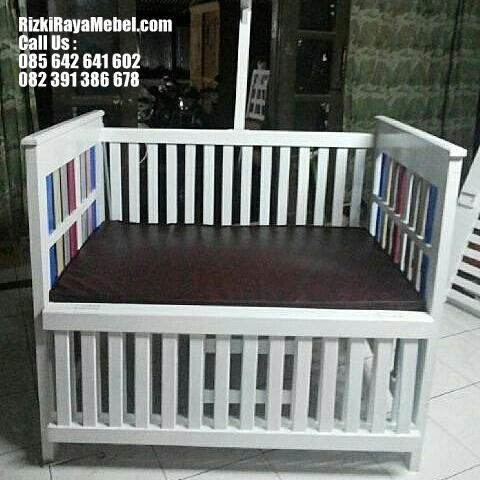 Tempat Tidur Bayi Murah