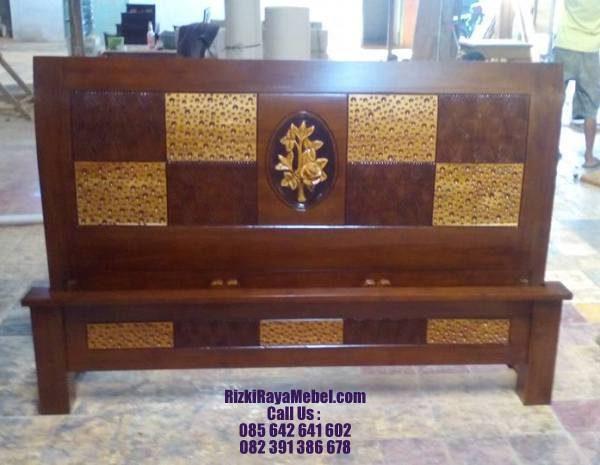 Tempat Tidur Jati Minimalis Mawar Rizki Raya Mebel toko online furniture Jepara 085642641602