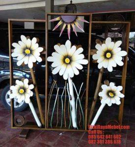 Model Pembatas Ruang Bunga Ranting