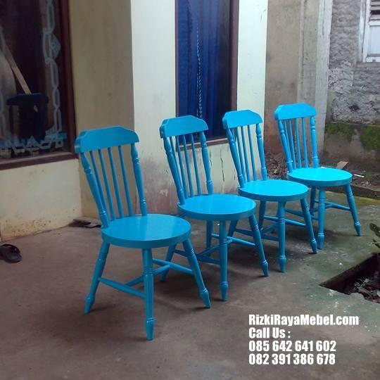 Set Meja Kursi Makan Kafe Restoran Rizki Raya Mebel toko furniture online Jepara berkualitas Call : 085642641602