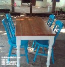 Set Meja Kursi Makan Kafe Restoran