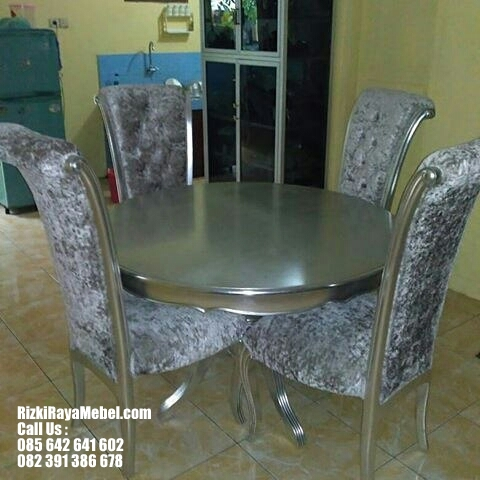 Set Meja Makan Mewah Sofa Modern