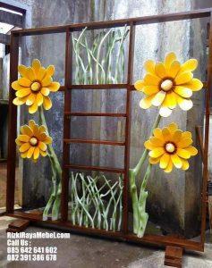 Sketsel Pembatas Ruangan Unik Bunga