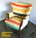 Kursi Desain Klasik Warna Modern