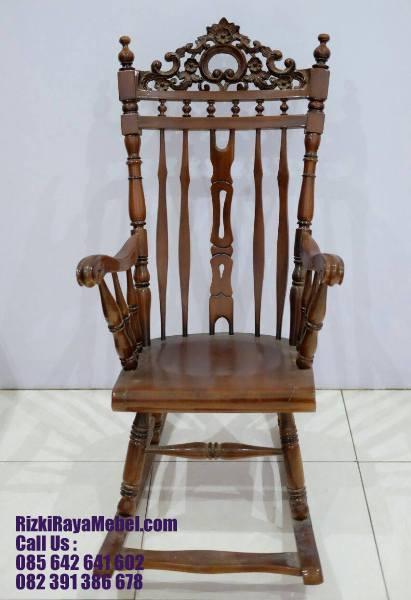 Jual Kursi Santai Goyang Jati Ukiran Natural RRM 408 Rizki Raya Mebel toko furniture online Jepara berkualitas Call : 085642641602