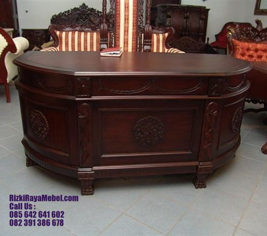Meja Kerja Desain Mewah Oval Rizki Raya Mebel toko furniture online Jepara berkualitas Call : 085642641602