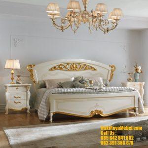 Set Tempat Tidur Mewah Desain Italian Bedroom