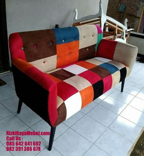 Sofa Retro Warna Motif Colorfull RRM 443