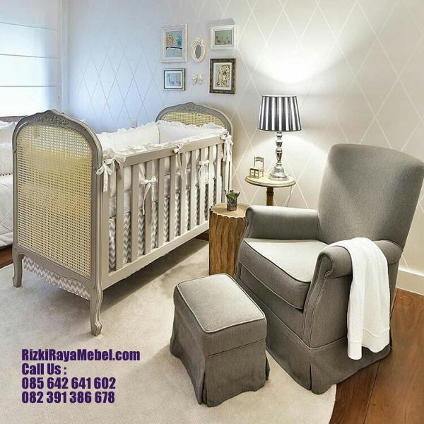 Set Kursi dan Ranjang Bayi Mewah Rizki Raya Mebel toko furniture online Jepara berkualitas Call : 085642641602