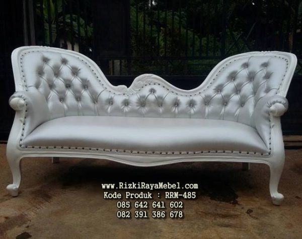 Sofa Elegan Warna Putih Ukiran Cantik RRM-485
