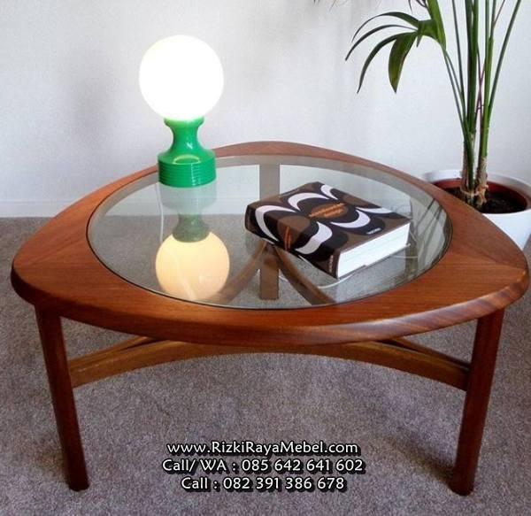 Meja Oval Minimalis Kayu Jati Modern