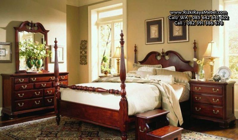Set Dipan Kamar Tidur Klasik Kayu Jati